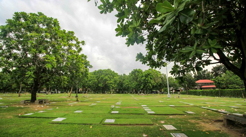 Las Pinas Memorial Lawn Lots for Sale