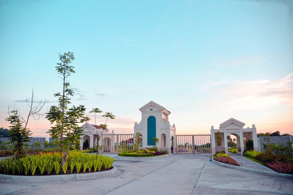 GenSan Golden Haven Gate Entrance