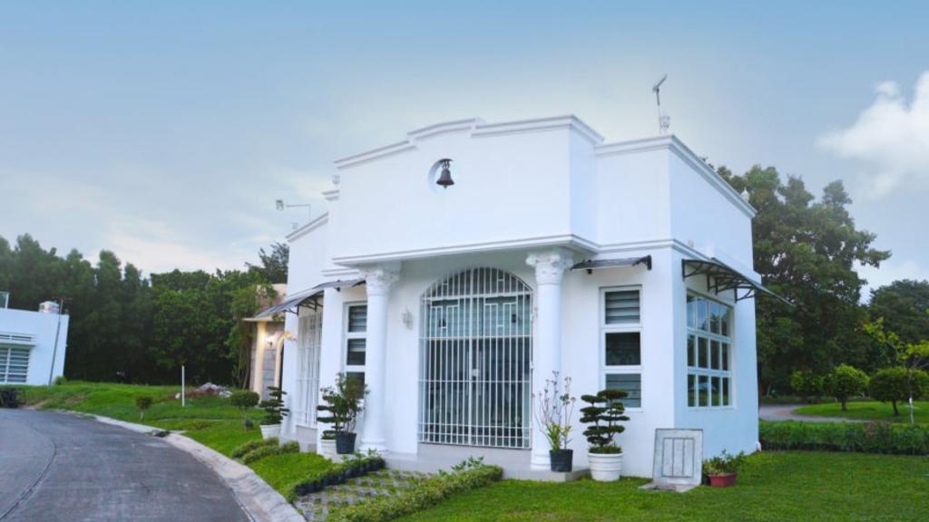 Premium Mausoleum Design in the Philippines